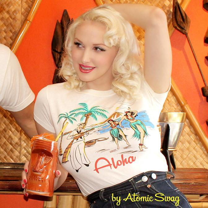 atomic swag tee retro betty Christmas gift guide